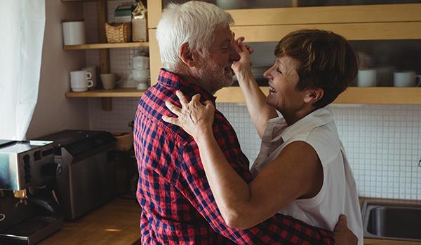 Como prevenir o Alzheimer com 6 cuidados ao seu alcance