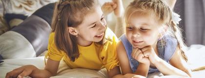 Quais são os sintomas e opções de tratamento para dislexia em crianças